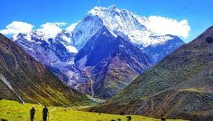 beauty of bhimtang valley seen in manaslu trek
