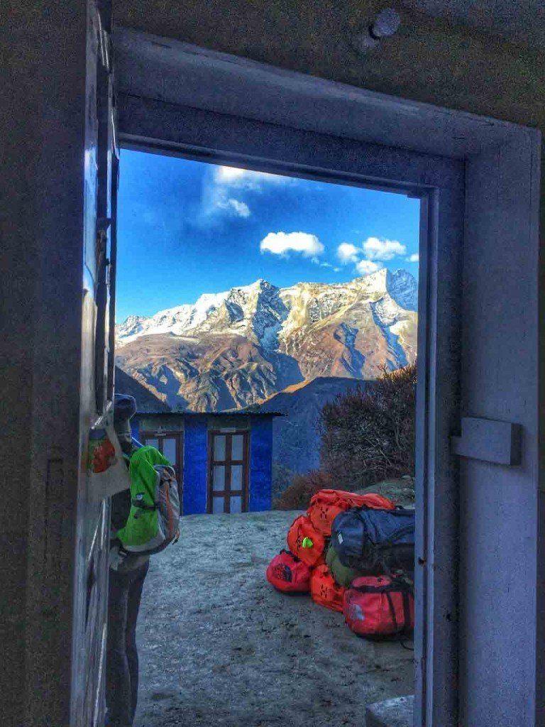 everest-trekking-387-768x1024-1