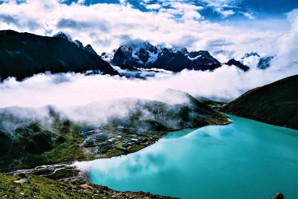 everest-trekking-7-1024x683-1
