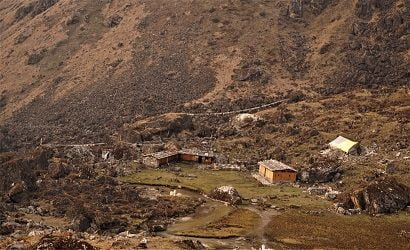 trekking in remote destination with very few accommodation is not good for solo kanchenjunga trek