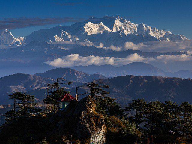 kanchenjunga-view-640x480-1