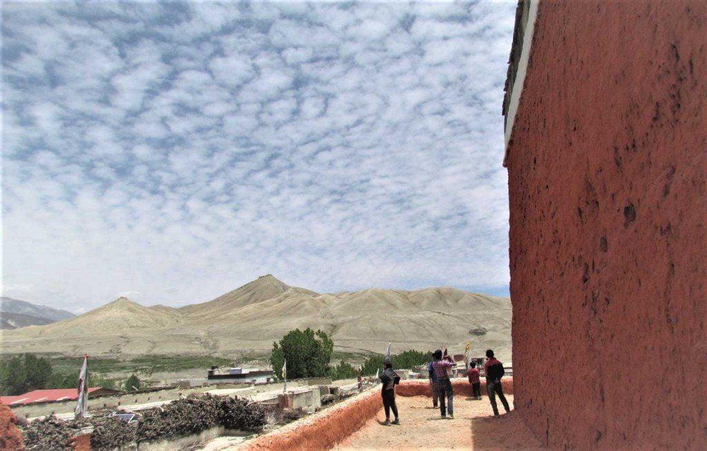 upper-mustang-valley-in-nepal-trek-nepal-in-july-30-1024x653-1