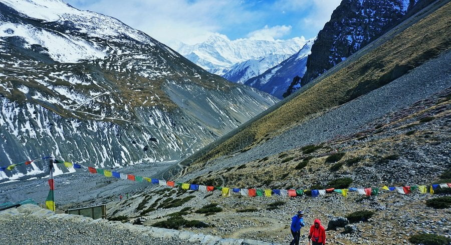 Trekkers walking towards the High camp of Annapurna Thorong la pass