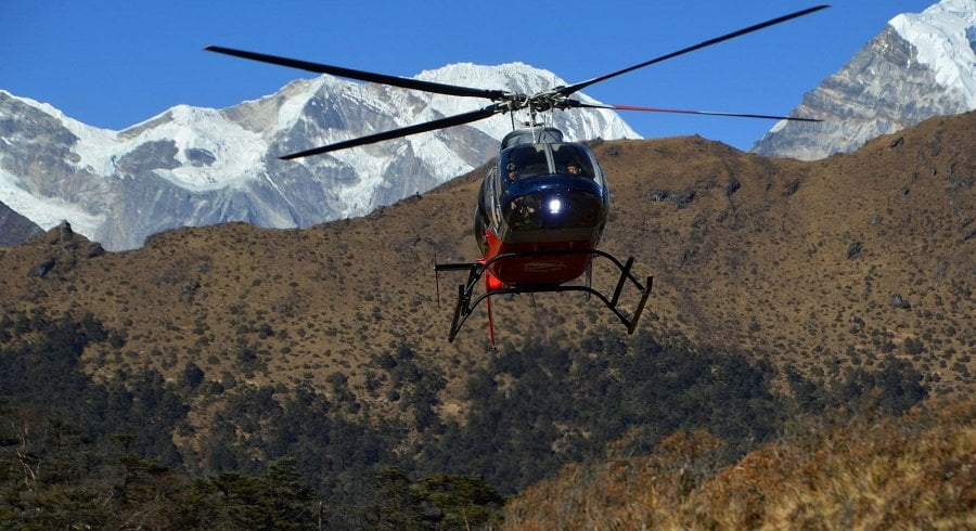 Annapurna circuit trek with helicopter return