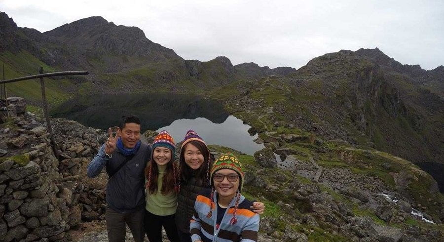 Group picture infront of Suryakunda lake in our Langtang gosainkunda trek