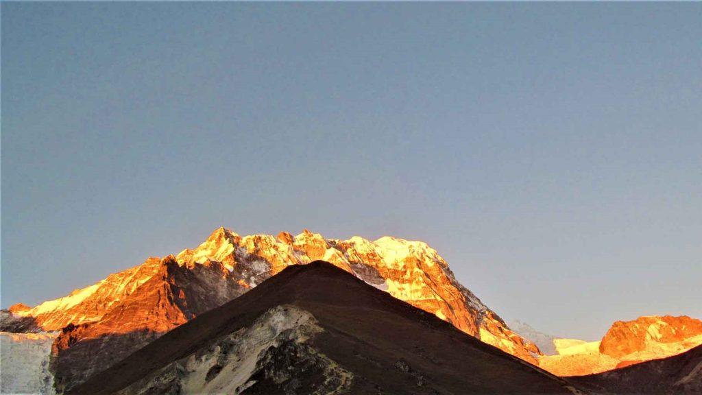 Summit of Kyanjing ri during sunset