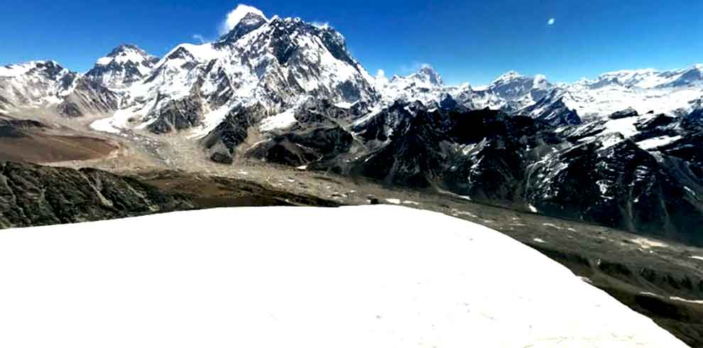 View from the top of Lobuche peak