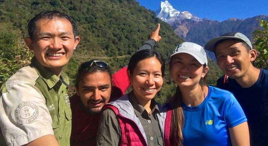 Pointing Mt Fishtail in poonhill trek