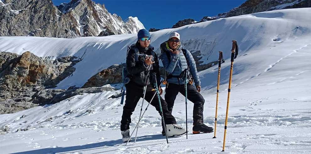 Guides for Tharpu chuli peak climbing team on their pose